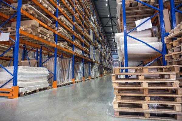 warehouse pallet racks